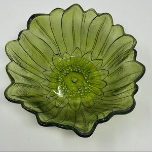 Vintage Carnival Glass Bowl Green Flower
